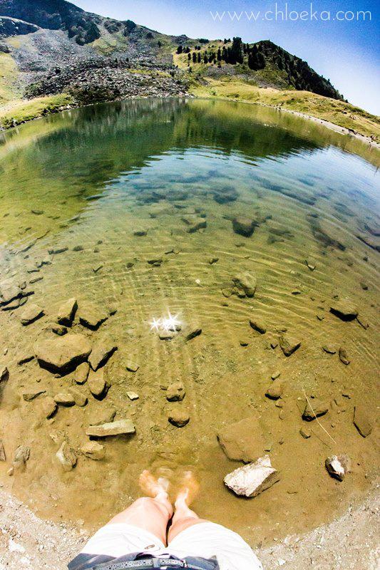 Les pieds dans l'eau- Lac de Chamolé