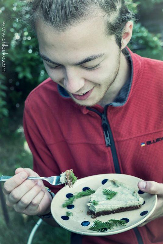 chloeka- tarte crue aux pousses de sapin- juillet 2016